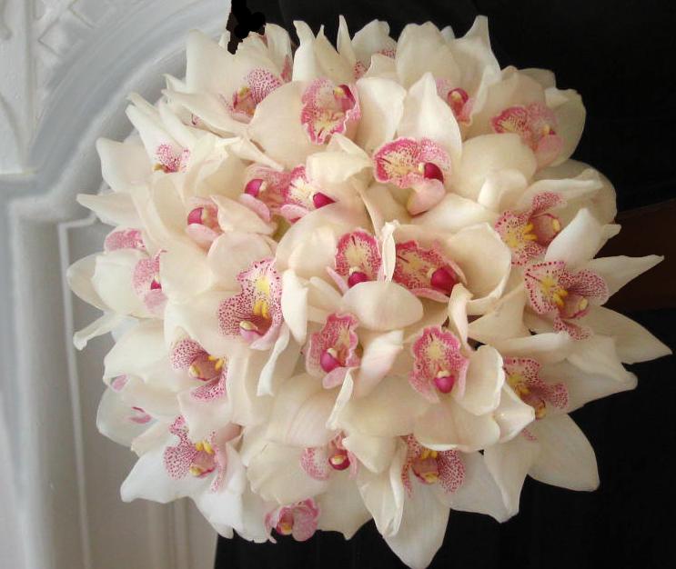 Jak vybrat svatební kytku?