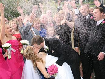 Svatební tradice pojaté netradičně