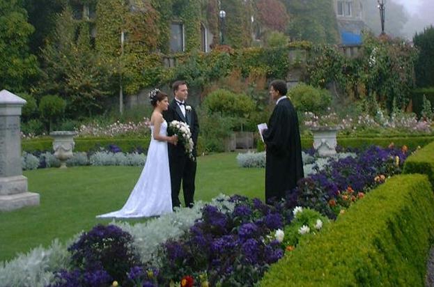 Svatba na zámku, v kostele nebo na pláži?