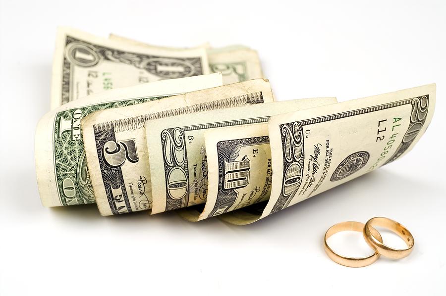 Svatební výdaje – kdo za co platí?