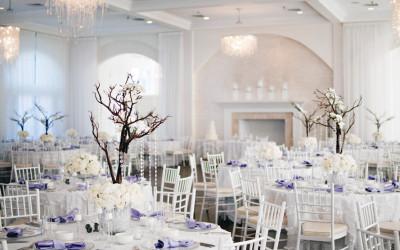 Proč svatbám dominuje bílá barva?